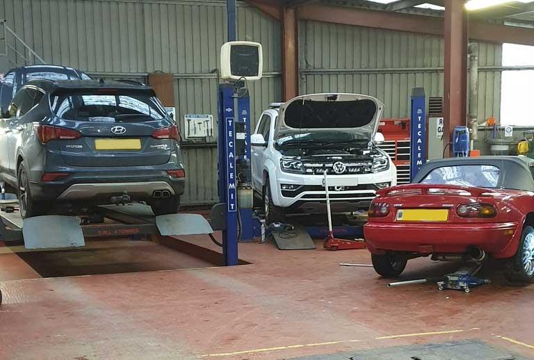 Car-in-Rosss-Garage
